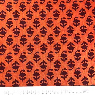 Blockprint auf Duotone Orange-Rot